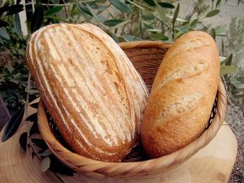 フランスパン<span>(ライ麦粉15%の生地)</span>